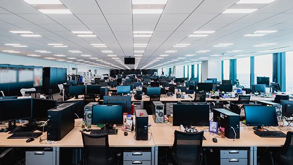 オフィスと制度 CyberZ|スマートフォン広告マーケティング事業